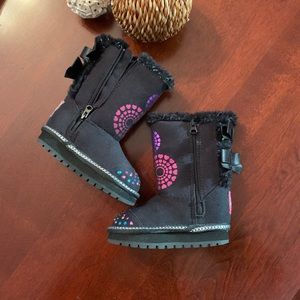 Toddler Skechers boots with lights